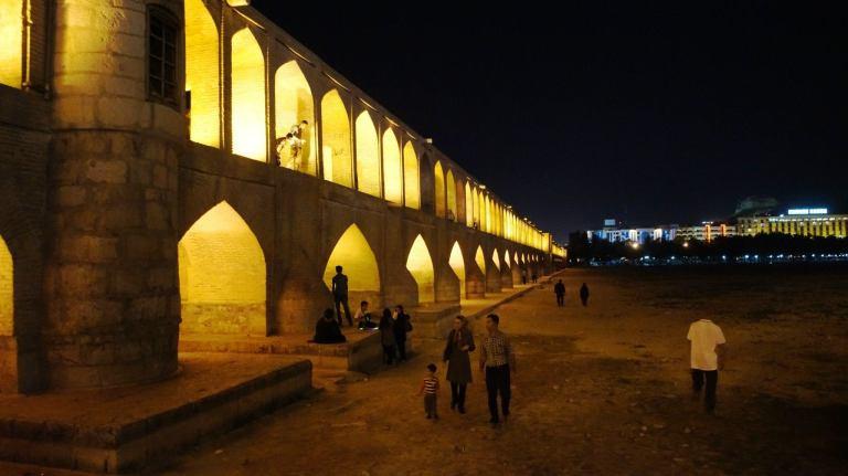 Esfahan most 33 łuków