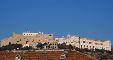 Zamek Neapol fot. Ali